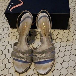 Nina Getaway Silver Luster Heels